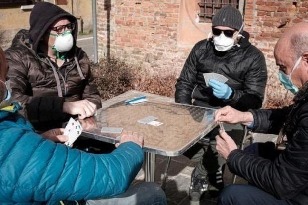 В Украине вернули общенациональный карантин. Зон больше не будет