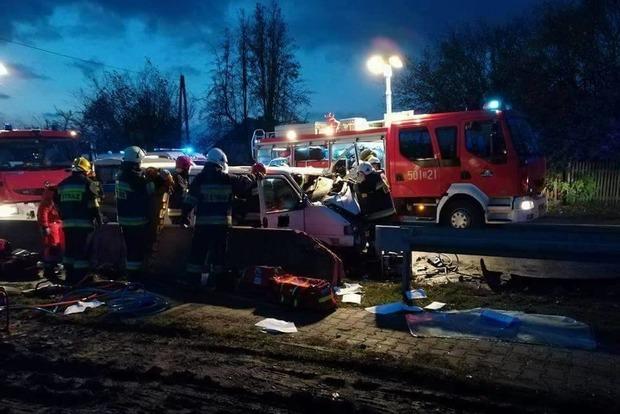 Двое украинцев погибли в ДТП в Польше, 5 человек госпитализированы