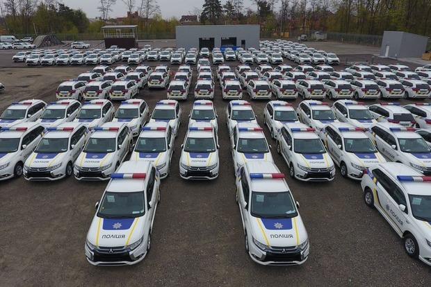 Первая партия автомобилей Mitsubishi для полиции уже прибыла в Украину