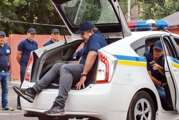 Полиция заявила, что не брала паспорт Саакашвили