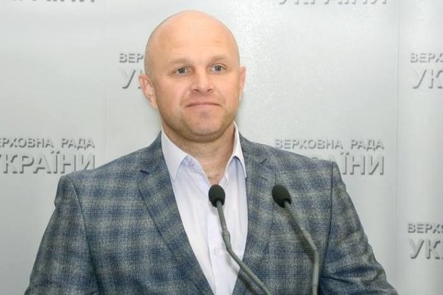 Скупился на всю зарплату. В центре Киева у нардепа украли портмоне
