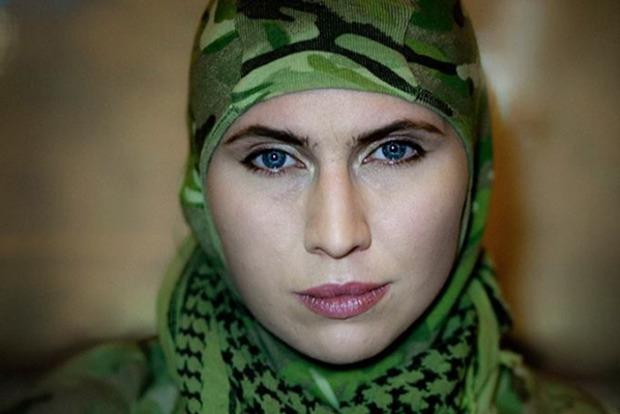 Амина Окуева: Чеченские добровольцы бесят Кадырова и его хозяина