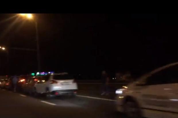 В ДТП на Московском мосту столкнулись сразу 9 авто