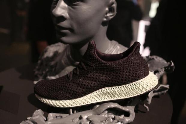 Adidas начала массовое производство кроссовок на 3D-принтере