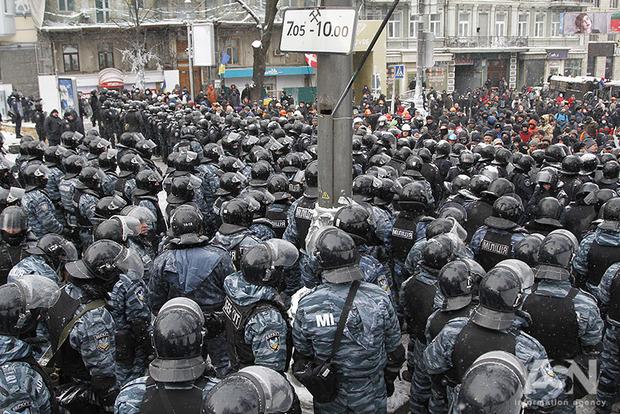 Правительство закупило специальное оборудование для проведения спецэкспертиз в делах Майдана