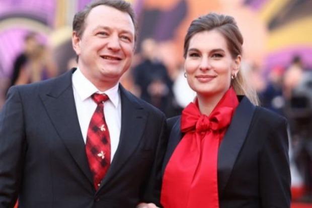 Російський актор побив до напівсмерті чергову дружину