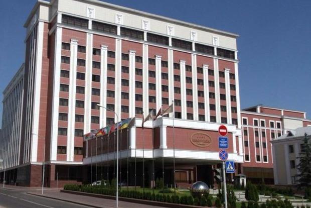 Заседание рабочей группы по Донбассу проходит в Минске в закрытом режиме