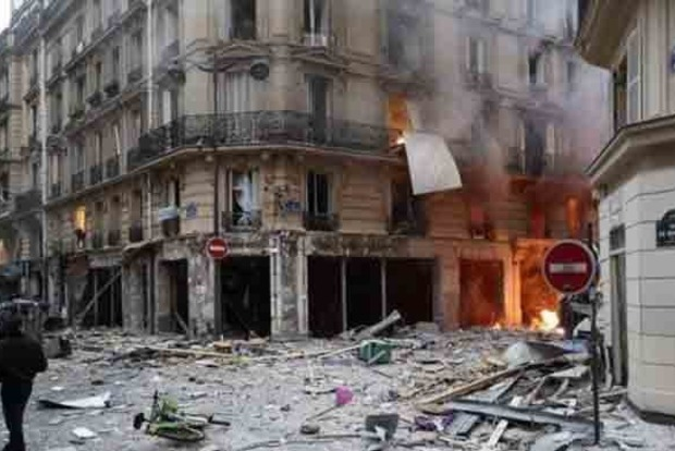 У Парижі прогримів потужний вибух, багато жертв