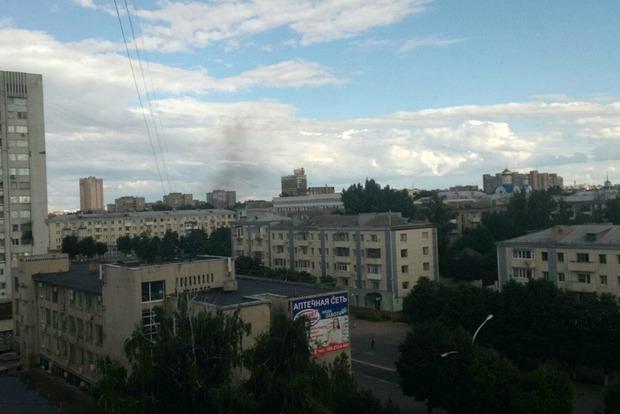 Второй взрыв в Луганске: соцсети сообщают о взорвавшемся автомобиле