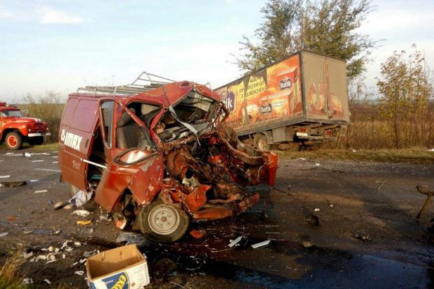 Смертельное ДТП с тремя грузовиками произошло под Одессой