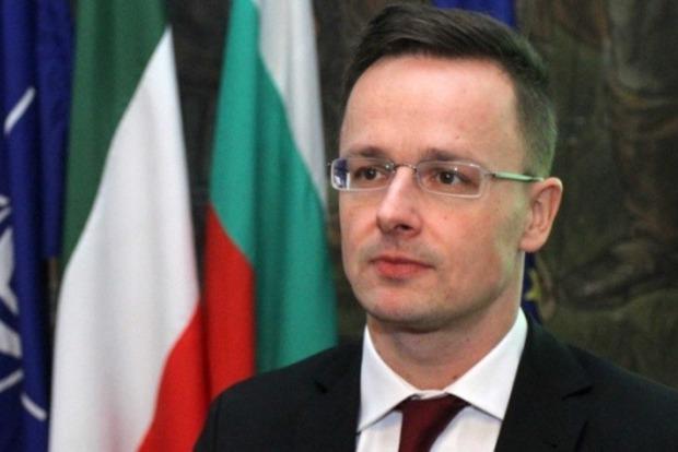 Венгрии не понравилась отмена скандального закона «Колесниченко-Кивалова»