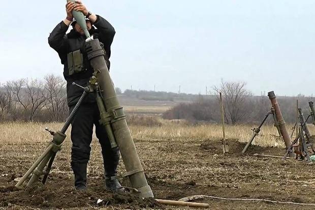 На Донбасі бойовики 62 рази обстріляли позиції ЗСУ, один боєць загинув