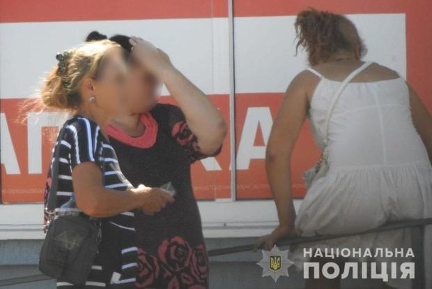 Недомать из Лисичанска сдавала в аренду 14-летнюю дочь