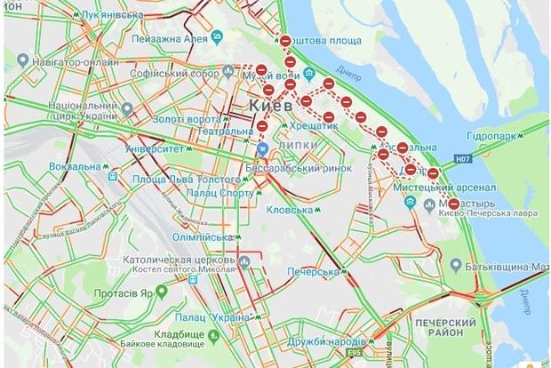 Из-за хода Московского патриархата в Киеве случился транспортный коллапс