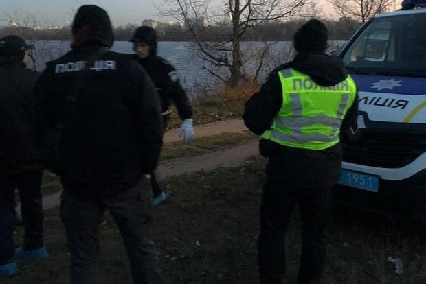Взрыв в машине: в Киеве нашли труп мужчины