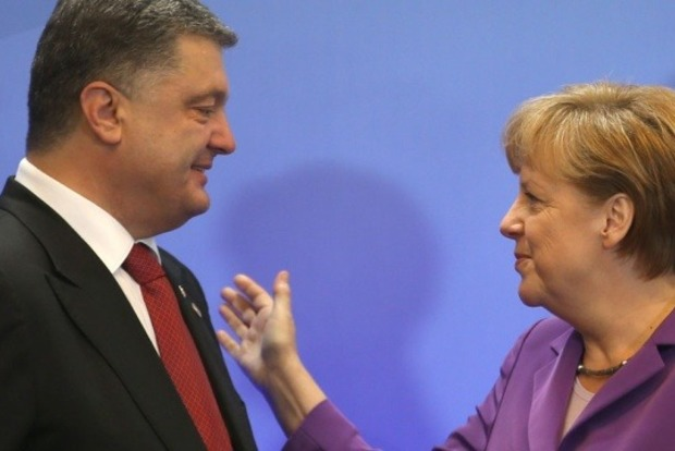 Порошенко и Меркель согласовали позиции о введении миротворцев на Донбасс