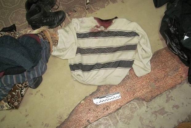 В Житомире пьяный мужчина убил жену и  пытался покончить с собой