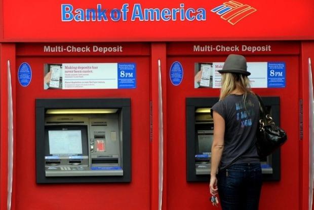 Банкоматы выдают 100 долларов вместо 10 ... «Просто принесите!»