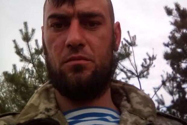 Волонтеры собирают деньги бойцу АТО, которого подстрелил снайпер в голову