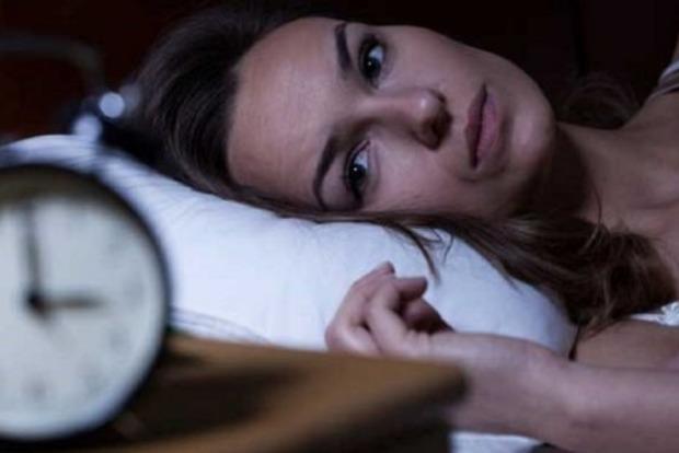 Просыпаетесь ночами в одно и то же время? Вот что это значит