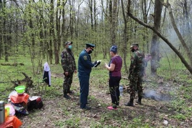 Злостных шашлычников в лесах начали отлавливать с помощью дронов