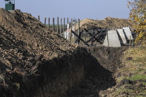 ВУкраинском государстве расследуют присвоение $3,8 млн при постройке стены от Российской Федерации
