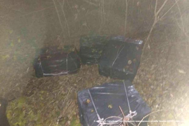 В Закарпатской области обнаружено 10 ящиков контрабандных сигарет