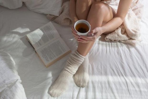 Вот какие чудеса произойдут с телом, если зимой спать в носках
