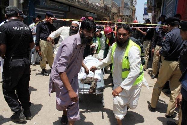 В Пакистане подорвался смертник: 22 человека погибли, раненых вдвое больше