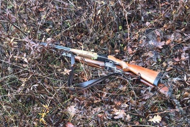 Охотник убил коллегу, разделывавшего тушку зайца