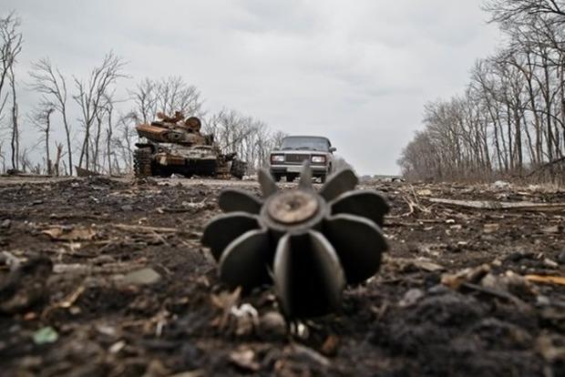 Сутки на Донбассе: ранены двое военнослужащих