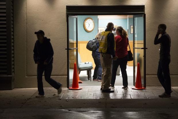 Число жертв стрельбы в торговом центре в США увеличилось