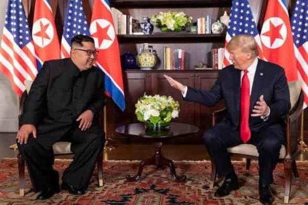 Ким Чен Ын на бронепоезде поехал на встречу с Трампом