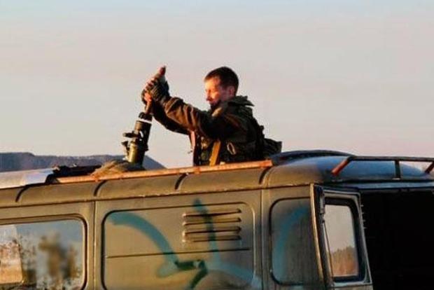 Боевики наносят удары по своим позициям