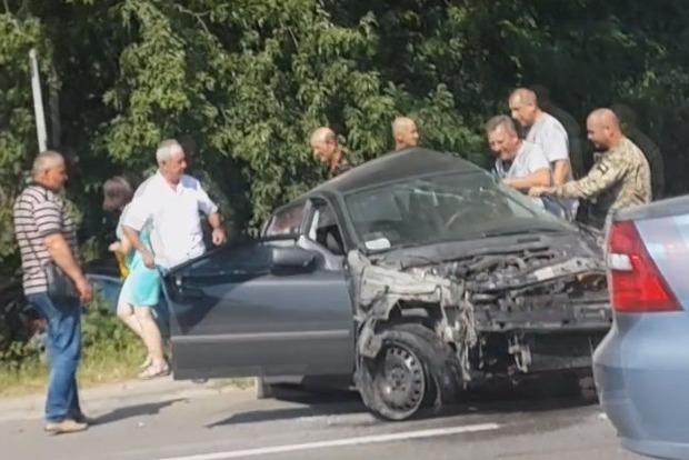 Полиция проводит следственные действия по делу смертельного ДТП с авто олигарха Дыминского