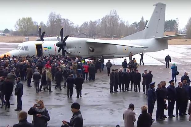 Первый полет совершил новейший украинский АН-132D