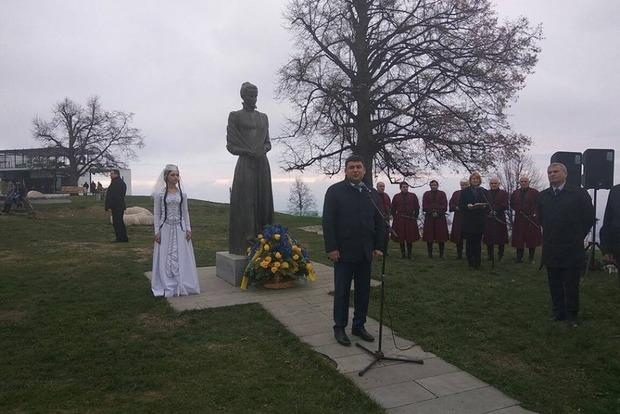 В Грузии открыли памятник Лесе Украинке