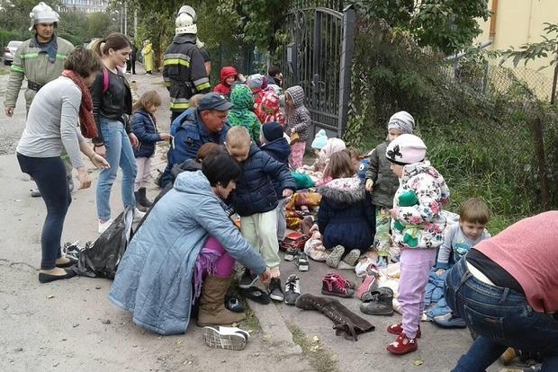 В детском саду Львова произошел пожар, детей эвакуировали