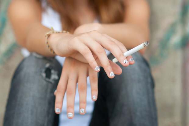 В швейцарских супермаркетах будут толкать сигареты с марихуаной