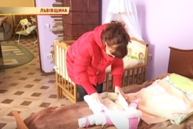 УСтарому Самборі 50-річна жінка народила здорову дівчинку