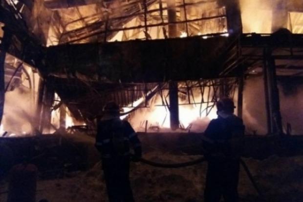 В результате пожара в ночном клубе Бухареста пострадал 41 человек