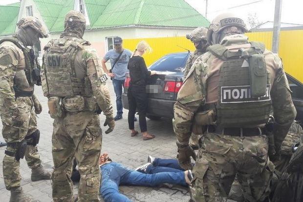 В Житомирской области СБУ поймала банду рэкетиров