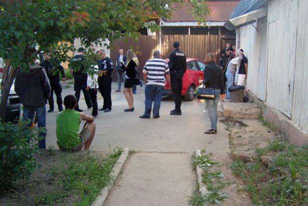 В кафе Одессы произошла драка и поножовщина, погиб мужчина