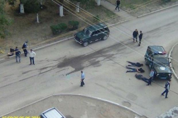 В Казахстане совершены нападения на оружейные магазины, шестеро погибших