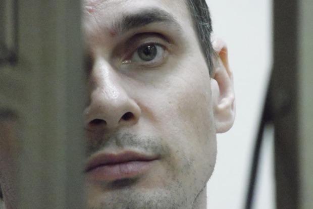 Измученный и бледный: российский омбудсмен прислала свежие фотографии Сенцова