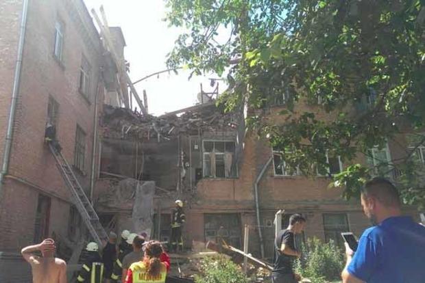 Умерла женщина, пострадавшая при взрыве дома в Киеве