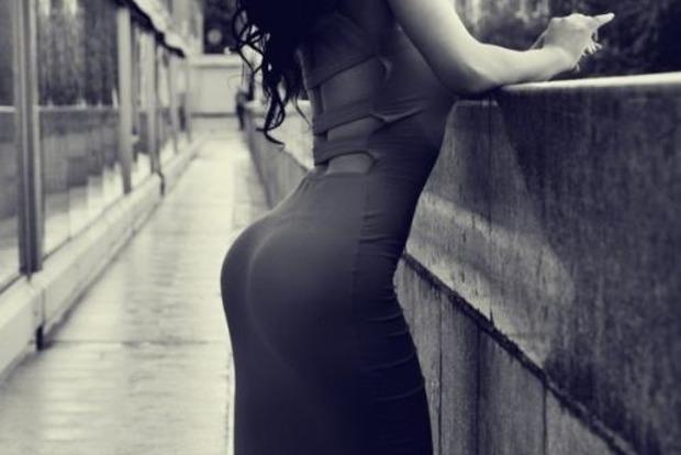 Подушка женская попа. Что может быть удобнее?