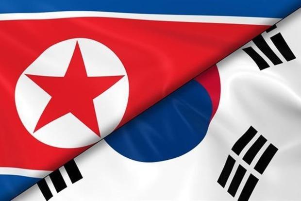 Между кораблями ВМС КНДР и Южной Кореи возобновили радиосвязь