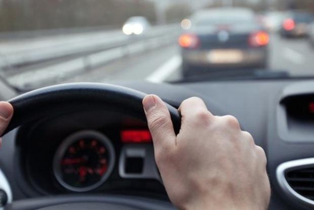 Експерти склали рейтинг найбільш економних міських авто і вирахували їхню справжню витрату