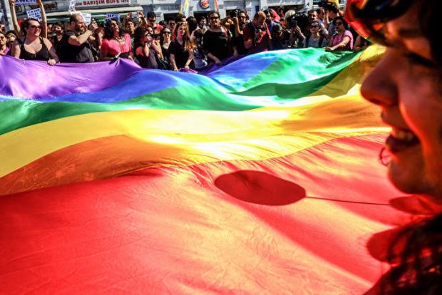 Большинство австралийцев поддержали однополые браки